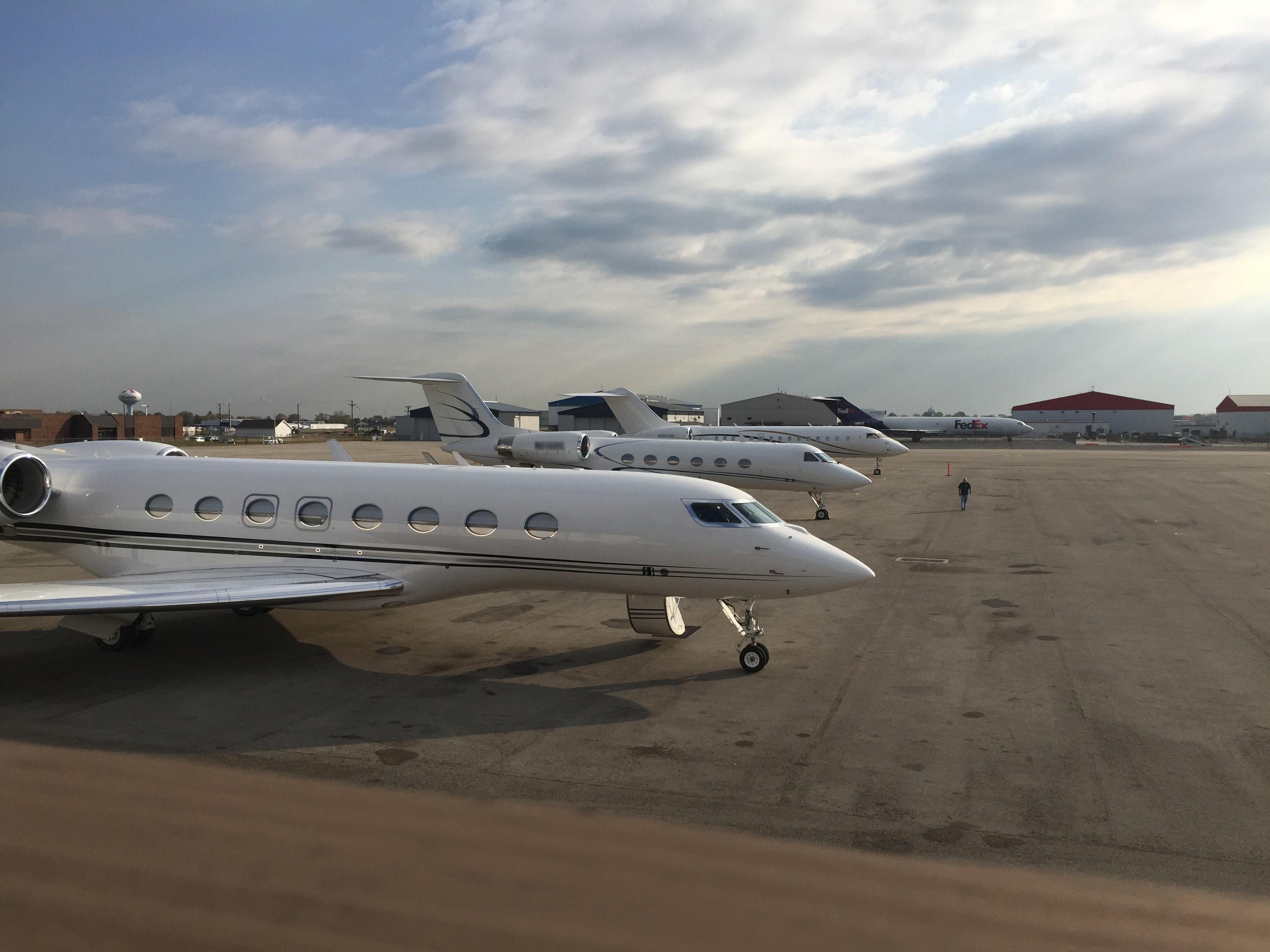 Fbo Services Wright Bros Aero Inc